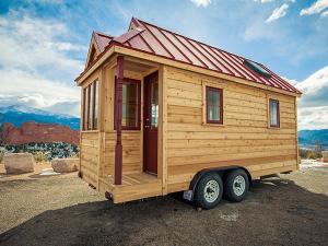 Une Tiny house (micro maison en bois) réalisée par Tumbleweed.