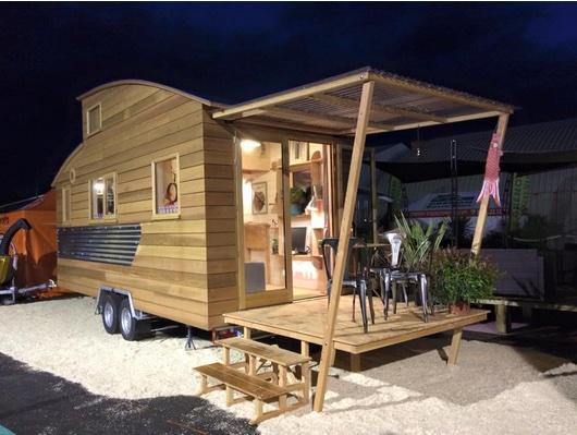 la soci t la tiny house fabrication made in france. Black Bedroom Furniture Sets. Home Design Ideas
