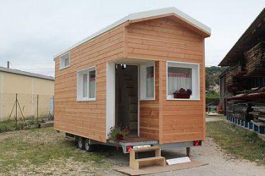 Une Tiny house réalisée par la société Menuiserie reynaud.
