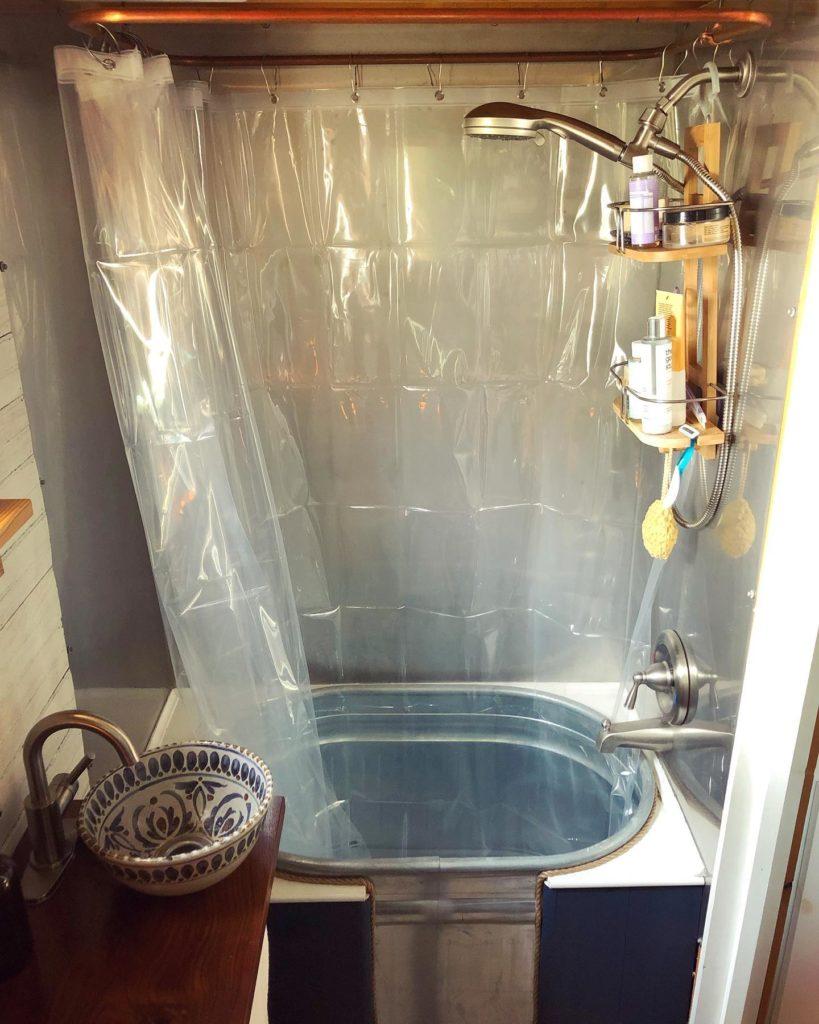 salle de bain tiny House